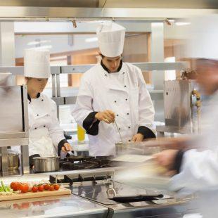 Školení jako odměna. Týmy v kuchyních zaslouží pozornost