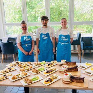 Závěrečné zkoušky kuchařů prověřují schopnost vařit, neplýtvat i manažerovat